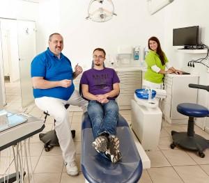 Bild einer Behandlung bei Ihrem Zahnarzt in Wetzlar